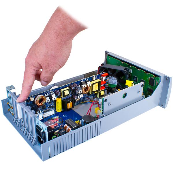 Balzers Type IMG 060 / TP6 100 Ion Gauge Control & Multi